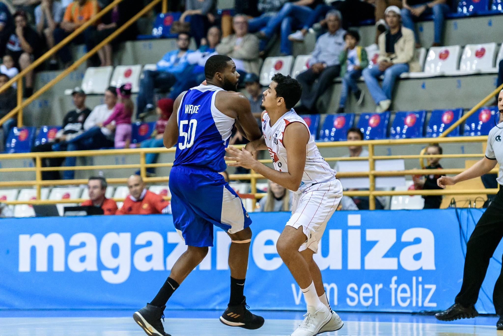 Com ótima defesa, Sesi Franca Basquete vence Pinheiros