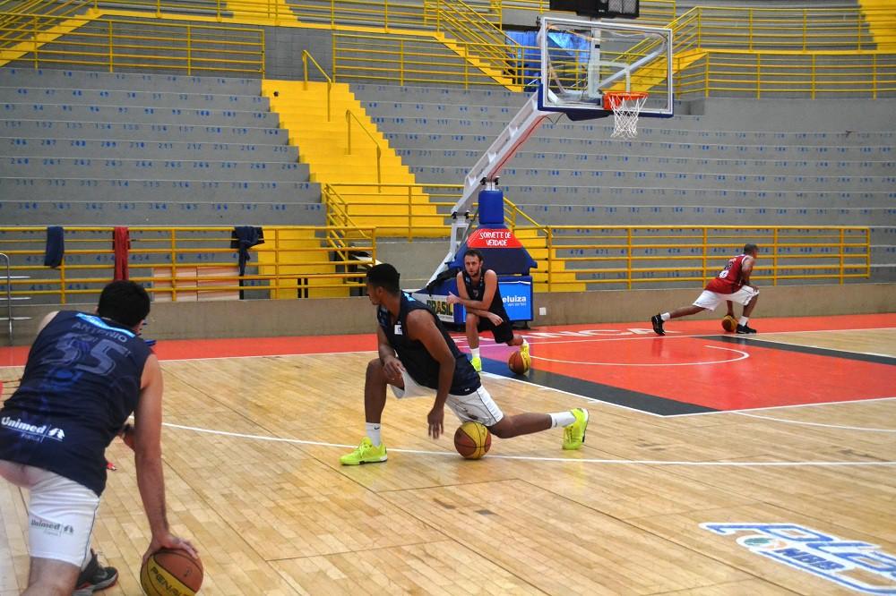 Franca Basquete treina no Ginásio Pedrocão às 17 horas desta segunda-feira