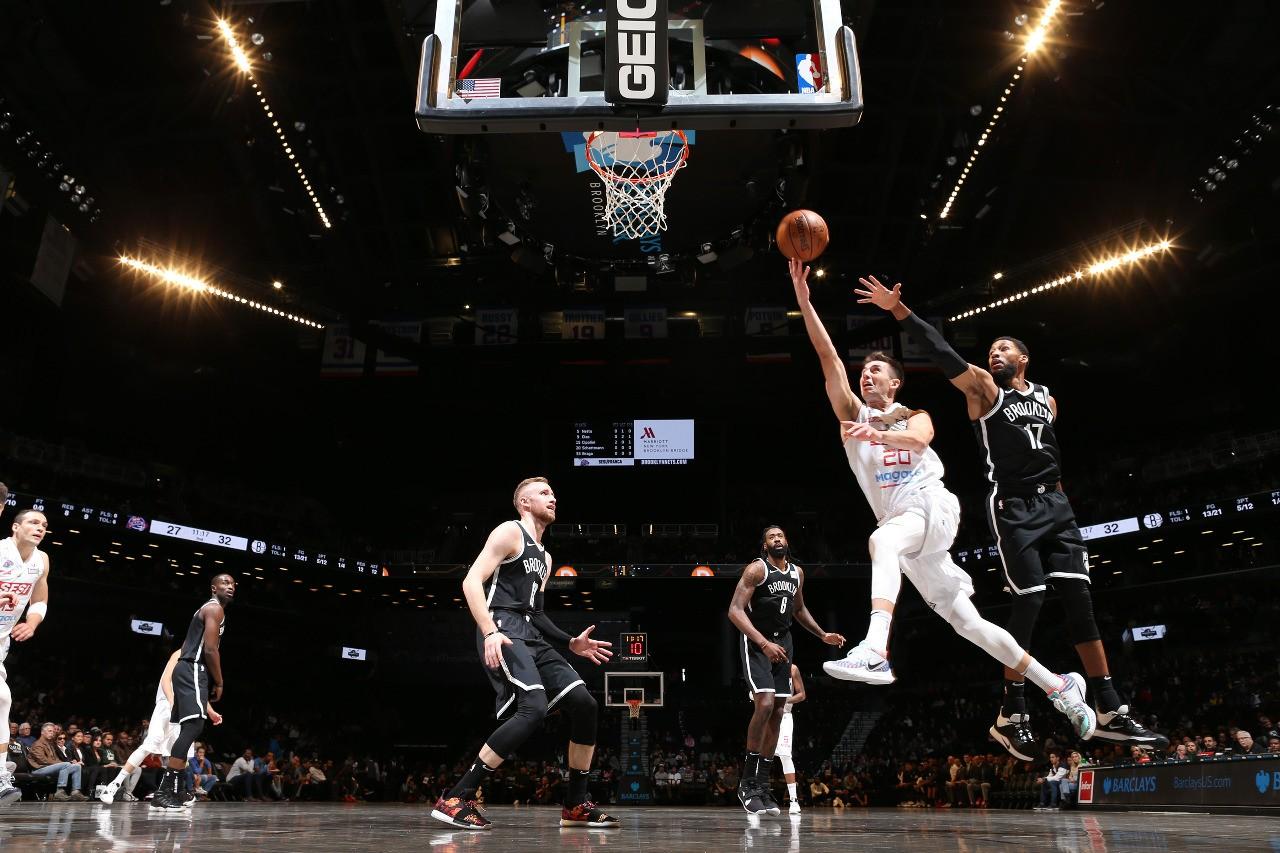 Sesi Franca Basquete é superado pelos Nets na pré-temporada da NBA